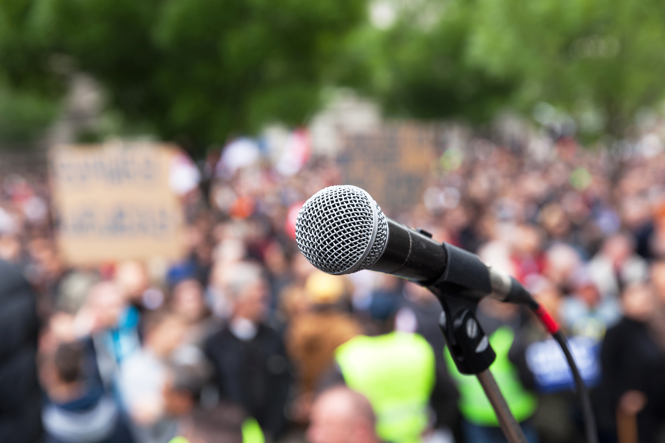 Learn more about the First Amendment and controversial speakers on college campuses